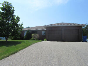 NEW PRICE! EXECUTIVE BUNGALOW IN CHATHAM!