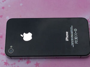 iphone 4s 16 g with charger &cable very good condition upgrade