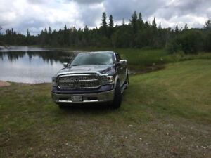 2013 Dodge Power Ram 1500 Laramie Pickup Truck