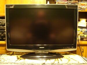 SHARP AQUOS 37 INCH HD TV WITH REMOTE AND BASE