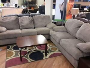 *** USED *** ASHLEY KENZEL GRAPHITE SOFA/LOVE   S/N:51232903   #STORE543