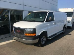 2017 GMC Savana Cargo Van 1WT  FINANCING FROM 5.99% APR!! OAC.