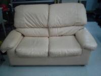 sofa causeuses en cuir