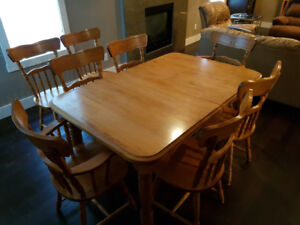 10 piece dining room set & china cabinet