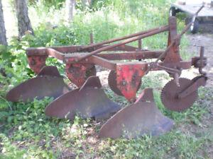 3 Furrow Massey Ferguson Plow