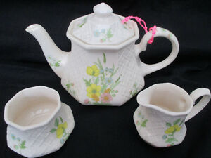 Vintage Sadler teapot set floral and basket weaver & octagon