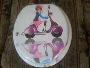NEW GIRLY TOILET SEAT.