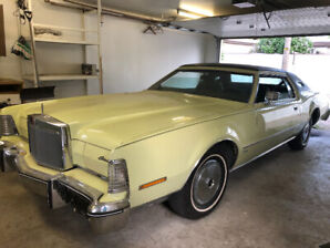 PRICE DROP!!!   1975  LINCOLN  MARK  IV