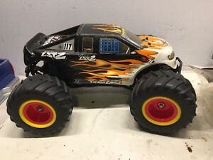 RC- Losi 1/18 LST2