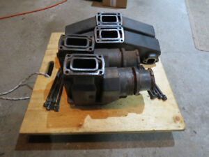 Used 305 5.0L, 350 5.7L Exhaust manifolds OMC