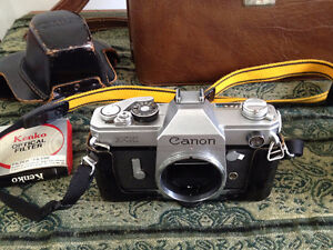Vintage Canon FX Camera Collection with Custom Leather Bag Cambridge Kitchener Area image 7