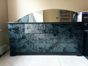 Black/Gray Marbelized Lacquer Bedroom Set (Queen)
