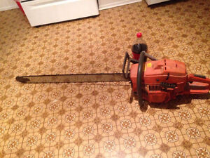 Husky 394 chainsaw  500obo first reasonable offer