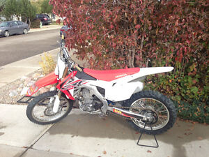 2013 Crf 450 clean low hour bike