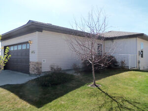 CONDO FOR SALE IN GRIMSHAW - CLOSE TO AMENITIES