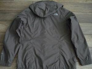 Coupe vent  North face  (  femme  )