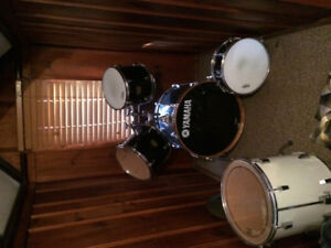 Yamaha drums 5 peice great Xmas