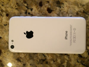 iPhone 5C in PERFECT CONDITION