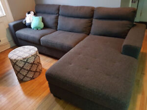 Sectional W/ sofa bed and storage