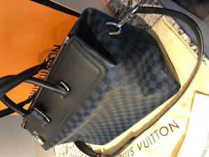Louis Vuitton Men's Luggage. Neo Greenwich PM