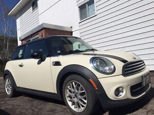 Low KMs, 2011 MINI Cooper for sale