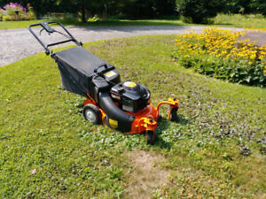 Lawn mower, Self propelled with caster wheels