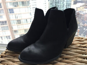 Steve Madden Boots / Booties, size 6