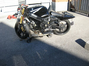 2003 suzuki  gsxr-1000 parts bike