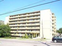 BACHELOR APARTMENT IN SCARBOROUGH $920/MONTH