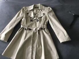 Ladies trench coat mac