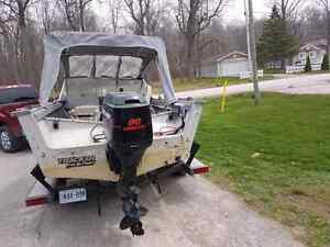 1989 17 foot Tracker boat and trailer