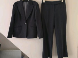 Dorothy Perkins trouser suit