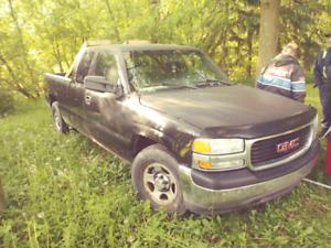 Silverado  2001 pour piece ou route vente ou echange