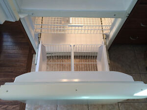 Like New Amana Fridge for sale Cambridge Kitchener Area image 5