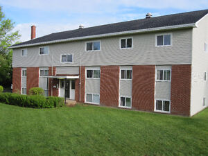 2 Bedroom Close to Dal AC! July 1st