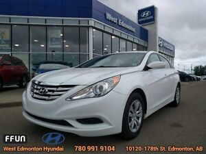 2013 Hyundai Sonata GL bluetooth heated seats xm radio