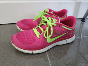 Used Women's Nike Free Run running shoes US8