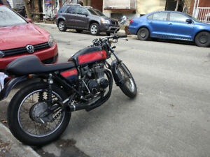 Honda CB400f 1975 cafe racer motorcycle