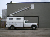 2000 GMC SERVICE TRUCK WITH BOOM