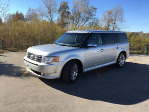 A RARE FIND!2010 Ford Flex Limited with Ecoboost AWD