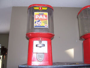 Rare One Cent Gumball Machine - comes with a roll of pennies