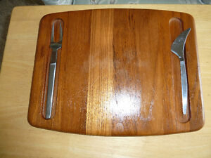 Solid Teak cheese boards with knives