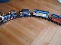 train gold rush avec 3 wagons et   piste de 75 po. de large