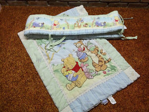 WINNIE THE POO CRIB COMFORTER AND BUMPER PADS 10.00