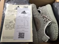 Adidas yeezy boost 350 size uk 8 box and receipt