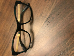 Female Versace frame glasses $140