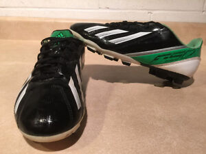 Adidas F5 Outdoor Soccer Cleats Size 6 London Ontario image 6