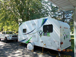 ROULOTTE VIBE 6502 - 2013 - 15 500$