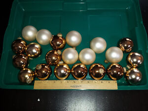 Assorted Christmas Balls - Various Coulours