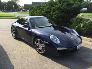 2010 Porsche  911 S Coupe (2 door)